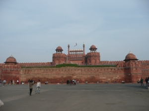 Red Fort, former capital of the Mughal dynasty which controlled the entire Indian subcontinent (present-day India, Pakistan, and Bangladesh) from the 15th to the 18th century before the British colonized India